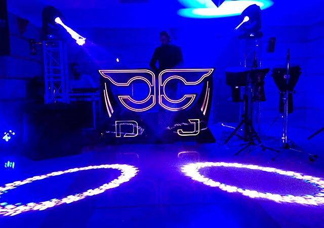 گروه موسیقی جشن موزیک مجالس آبتین بزمینه