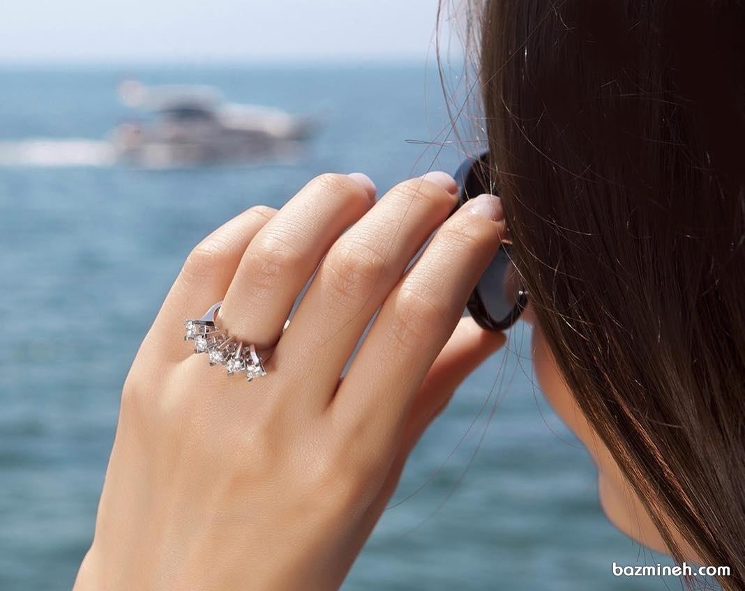 انگشتر نگین دار زیبا مناسب برای حلقه نامزدی