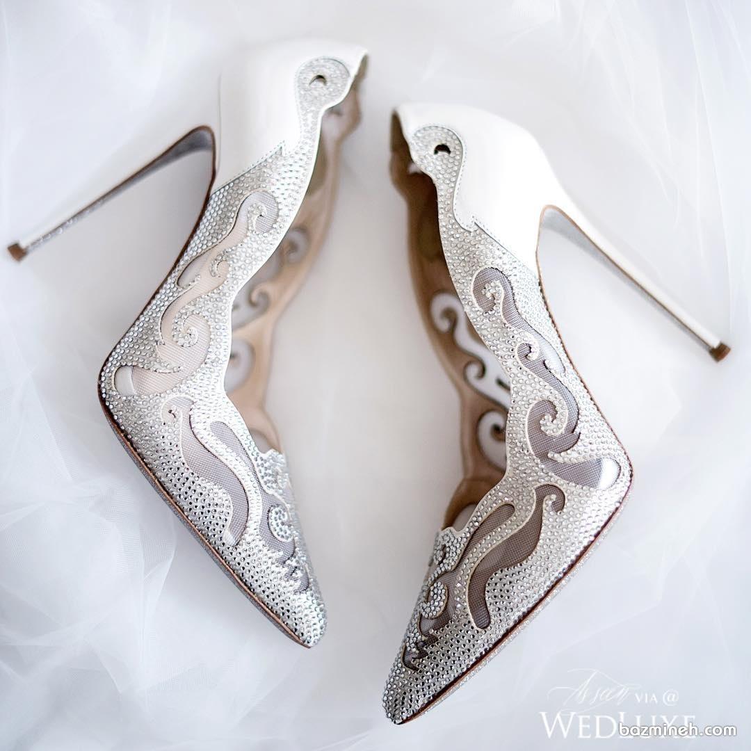 کفش پاشنه بلند نوک تیز مناسب برای عروس خانم ها