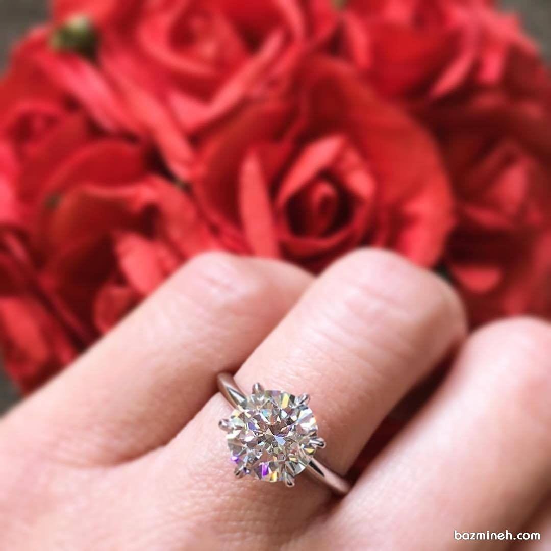 حلقه نامزدی زیبا و ظریف مناسب خانم های خوش سلیقه