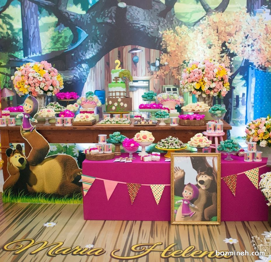 دکوراسیون جشن تولد دخترانه با تم ماشا و میشا