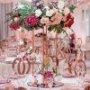 دیزاین و گل آرایی خاص میز جشن عروسی