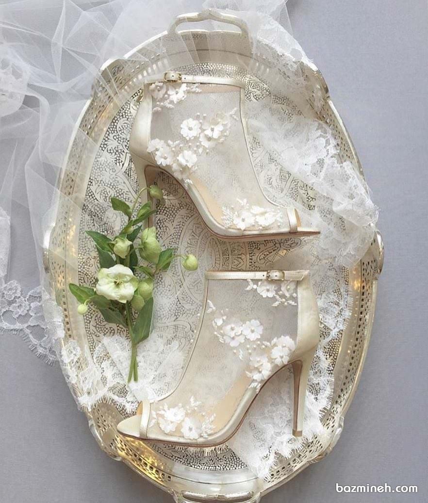 کفش پاشنه بلند جلوباز توری گل دار مناسب برای عروس خانم های خوش سلیقه