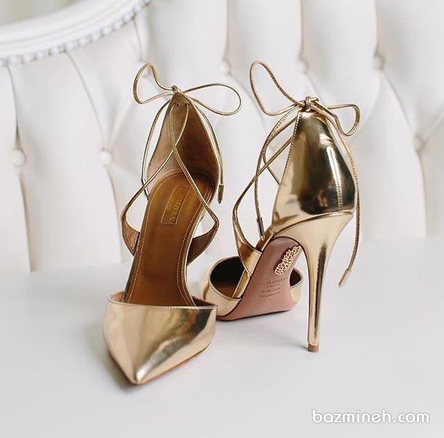 کفش پاشنه بلند نوک تیز طلایی مناسب برای مجالس باشکوه