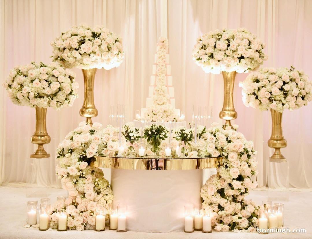 گل آرایی و شمع آرایی جایگاه کیک جشن نامزدی یا ازدواج