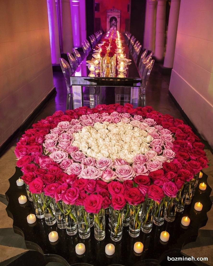 گل آرایی و شمع آرایی ویژه و خاص مجاس باشکوه با گل های رز سفید صورتی