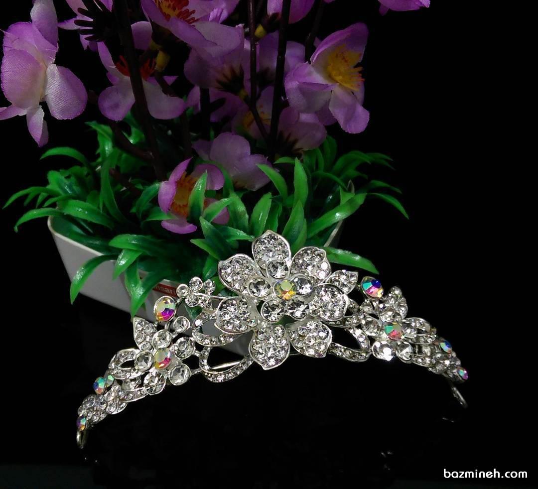 مدل تاج عروس ساده و شیک با طرح گل مناسب برای عروس خانم ها در مراسم نامزدی یا عروسی