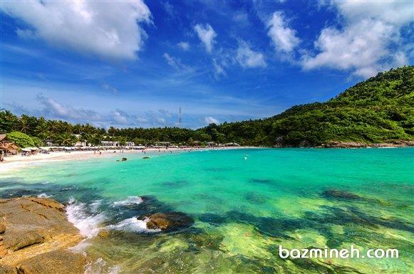 Phuket (پوکت) د رجنوب غربی تایلند، بر اساس رتبه بندی U.S. News & World Report ، رتبه سوم بهترین محل بازدید در آسیا را دارا است.