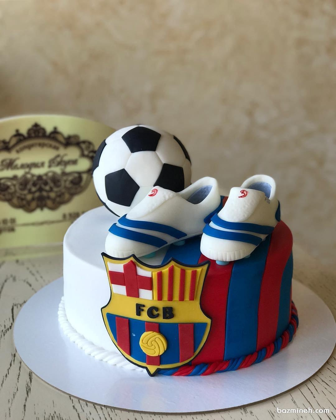 عکس کیک تولد پسرانه فوتبالی بزمینه   کیک و شیرینی