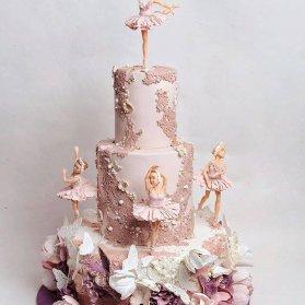 کیک جشن تولد دخترانه با تم بالرین