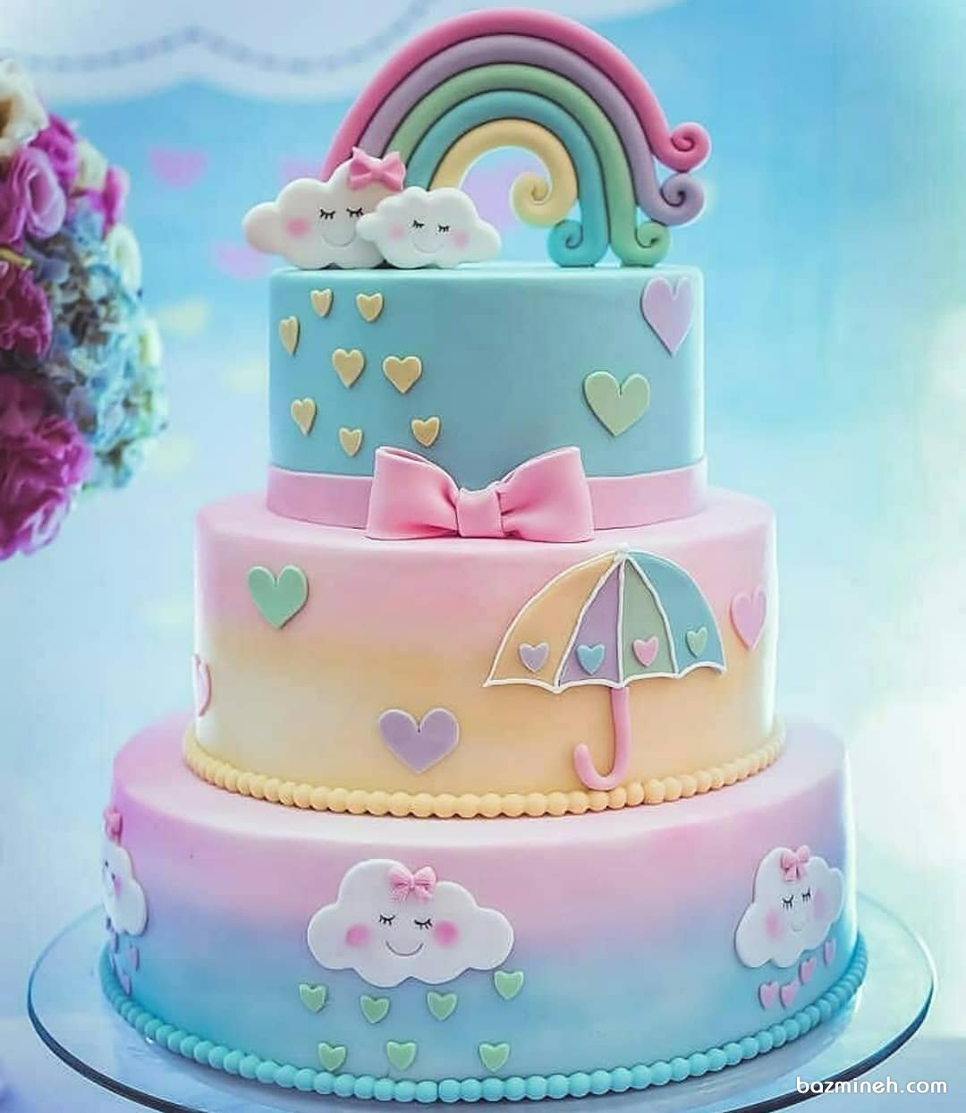 کیک فانتزی جشن تولد دخترانه با تم رنگین کمان