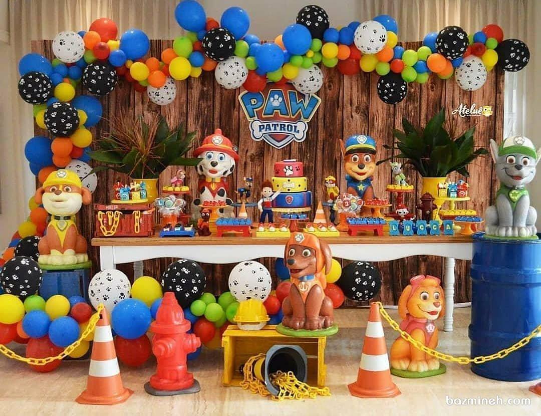 دکوراسیون و بادکنک آرایی شاد و رنگی جشن تولد کودک با تم سگ های نگهبان