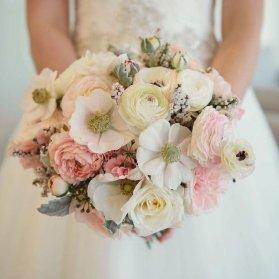 دسته گل زیبا و بهاری مناسب عروس خانم های جوان با استایل بوهو