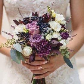 دسته گلی زیبا برای عروس خانم ها با استایل بوهو