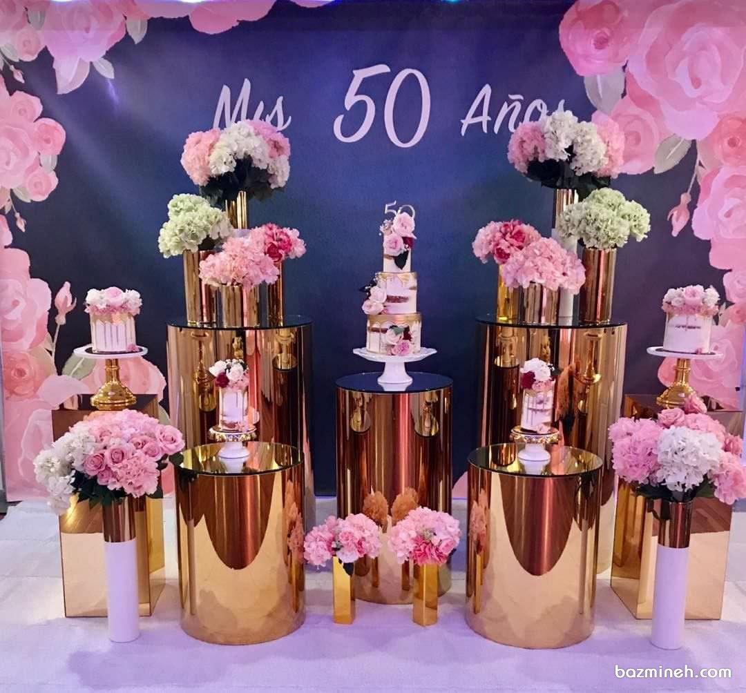 دکوراسیون و گل آرایی زیبای جشن تولد بزرگسال با تم صورتی طلایی
