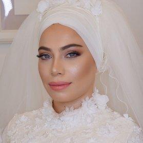 یک میکاپ ملایم و به روز مناسب عروس خانم ها با استایل کلاسیک