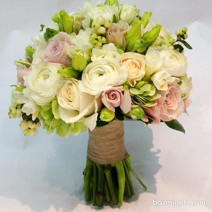 دسته گلی زیبا و رمانتیک برای عروس خانم ها یا ساقدوش های عروس