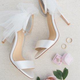 کفش صندل ساده و شیک عروس سفید رنگ تور دار