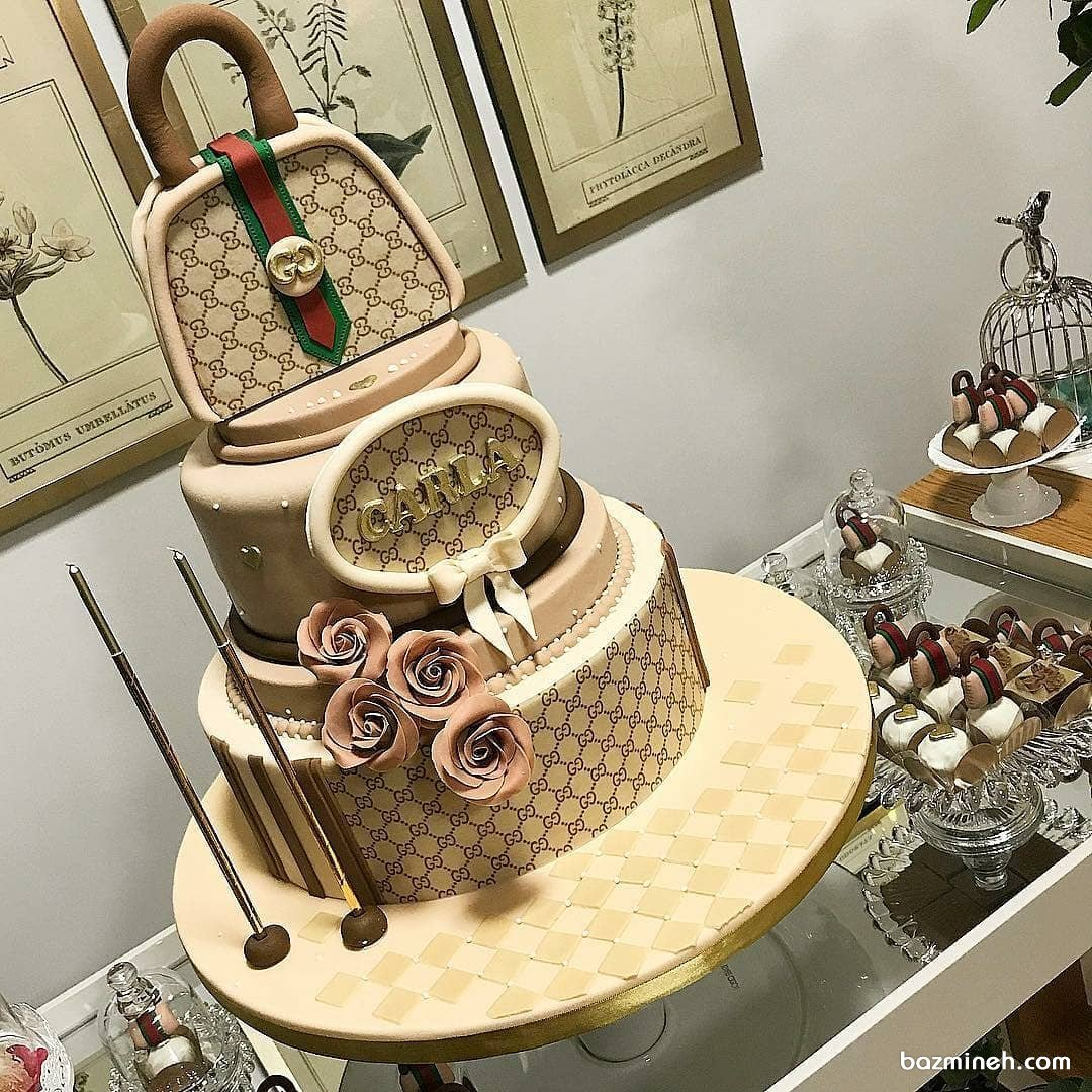 کیک چند طبقه و کاپ کیک های  جشن تولد دخترانه با تم برند گوچی