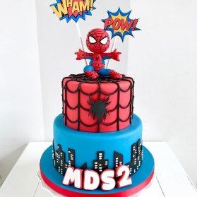 کیک فوندانت جشن تولد پسرانه با تم مرد عنکبوتی (Spider Man)