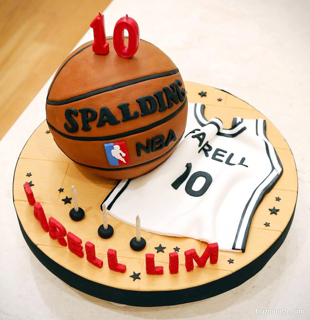 کیک فوندانت جشن تولد پسرانه با تم بسکتبال مناسب برای بسکتبالیست کوچولوها
