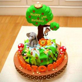 مینی کیک فوندانت جشن تولد کودک با تم حیوانات جنگل