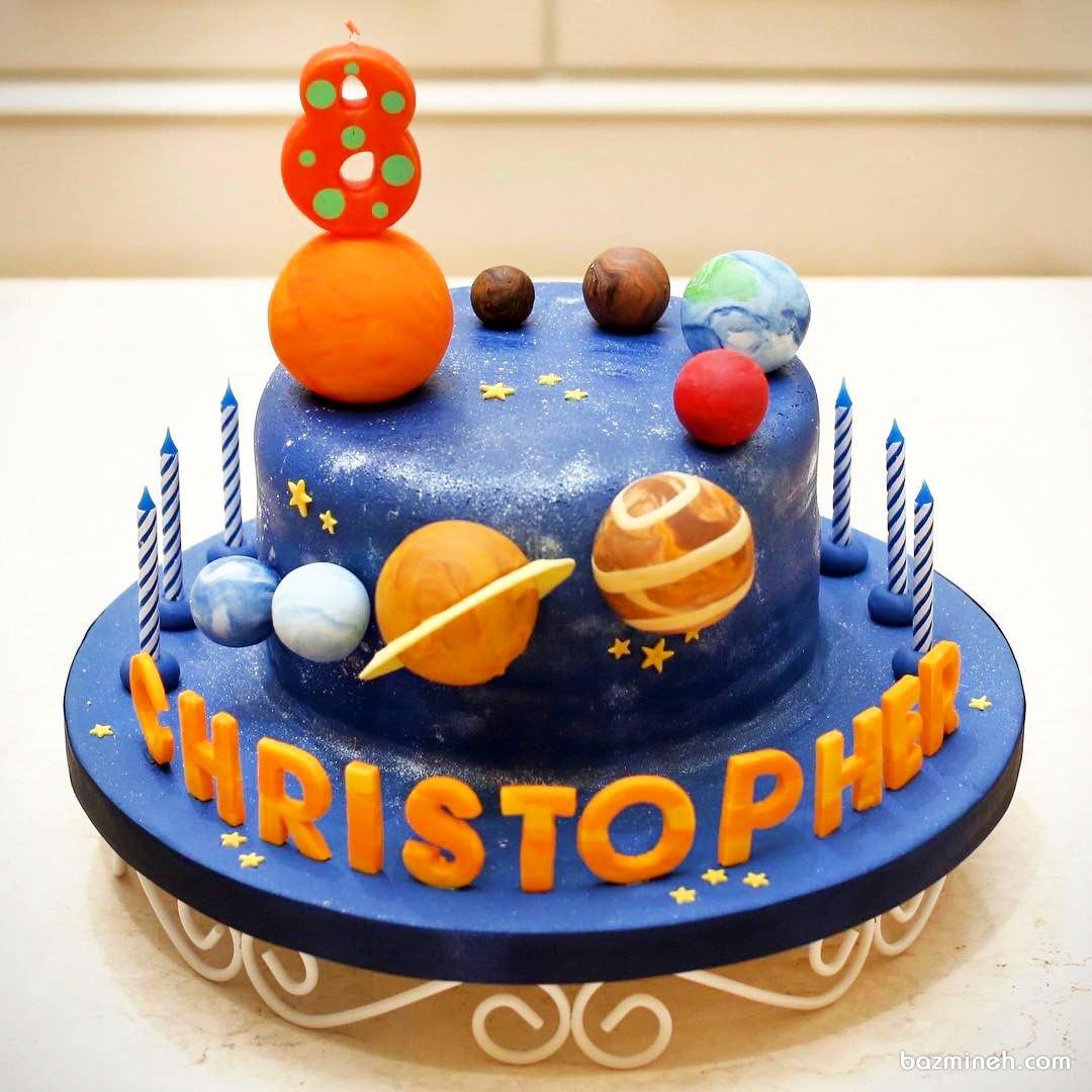 کیک فوندانت جشن تولد کودک با تم فضایی