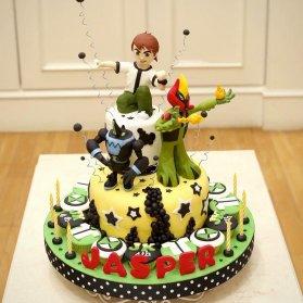 کیک فوندانت جشن تولد پسرونه با تم بن تن