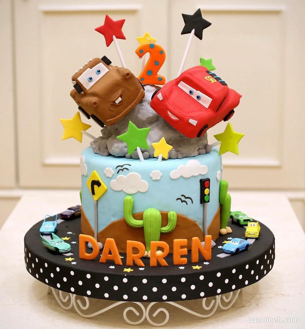 کیک فوندانت جشن تولد کودک با تم ماشین ها - مک کویین (Cars)
