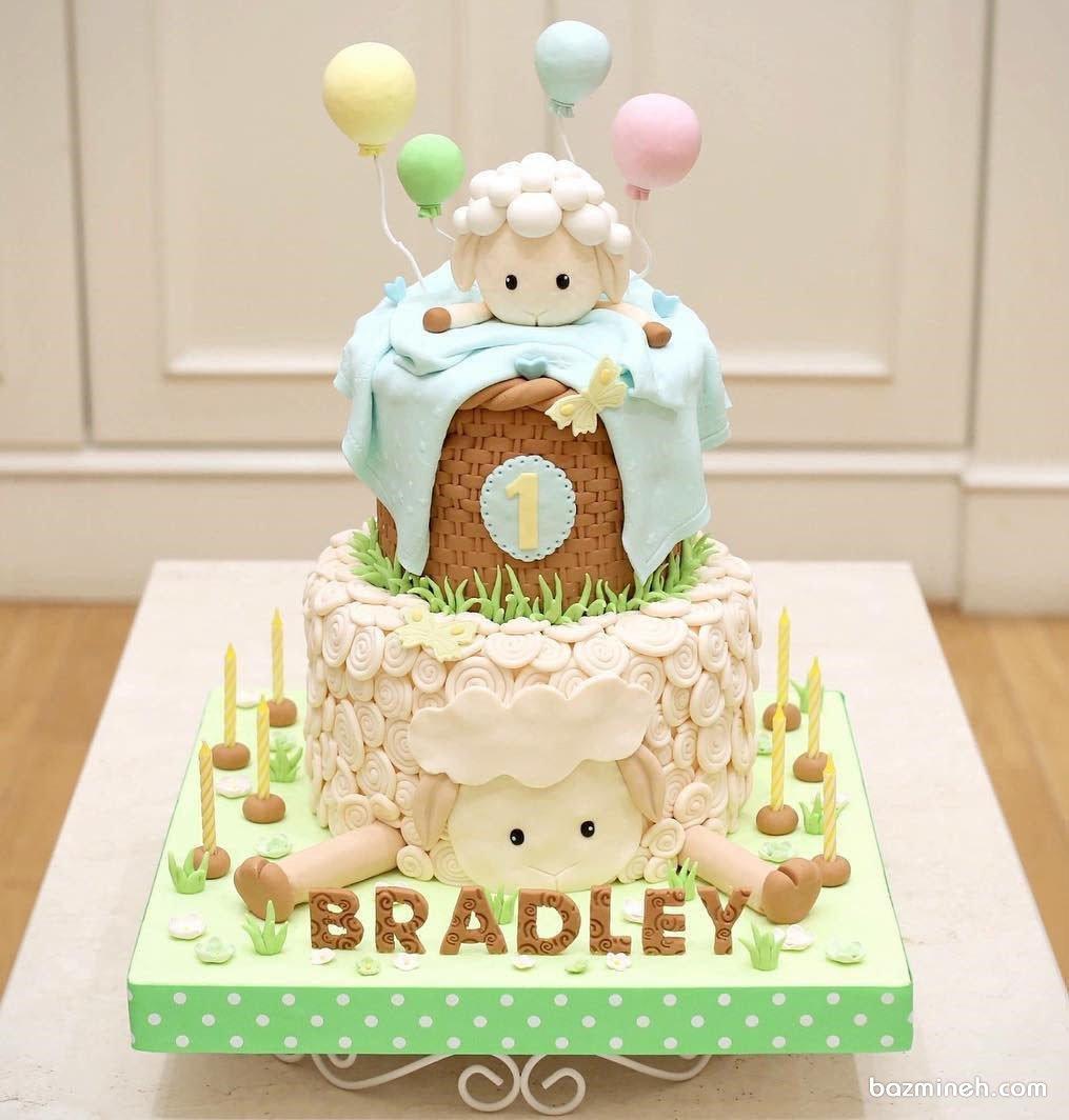 کیک فوندانت عروسکی جشن تولد کودک با تم بره