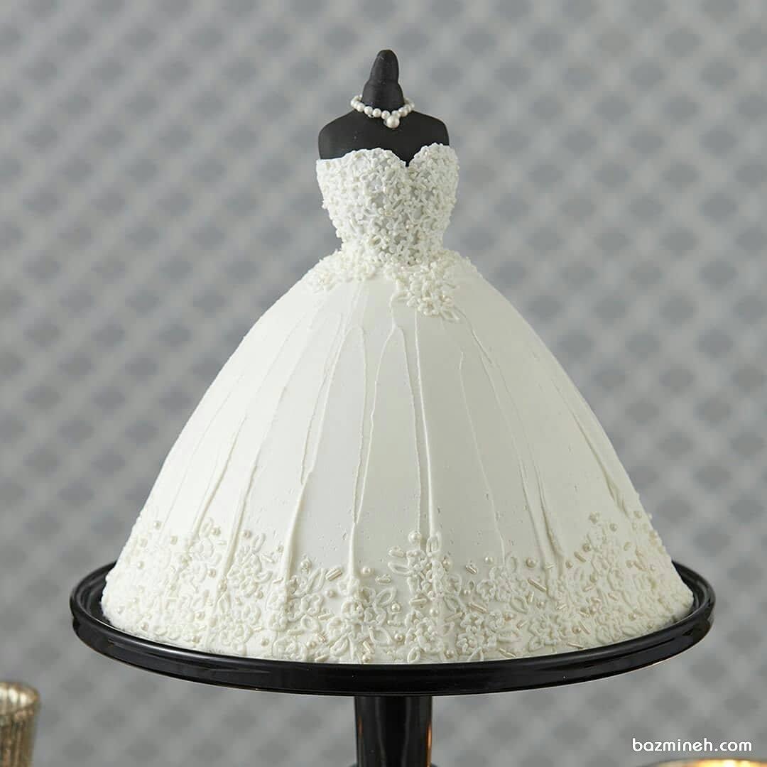 مینی کیک جالب جشن عروسی یا سالگرد ازدواج با طرح لباس عروس
