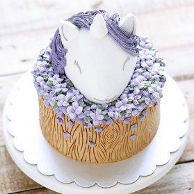 مینی کیک رویایی جشن تولد دخترانه با تم یونیکورن (اسب تک شاخ)