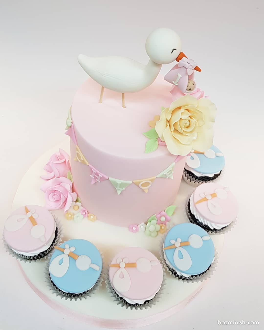 کیک و کاپ کیک های جالب جشن بیبی شاور یا تعیین جنسیت با تم لک لک