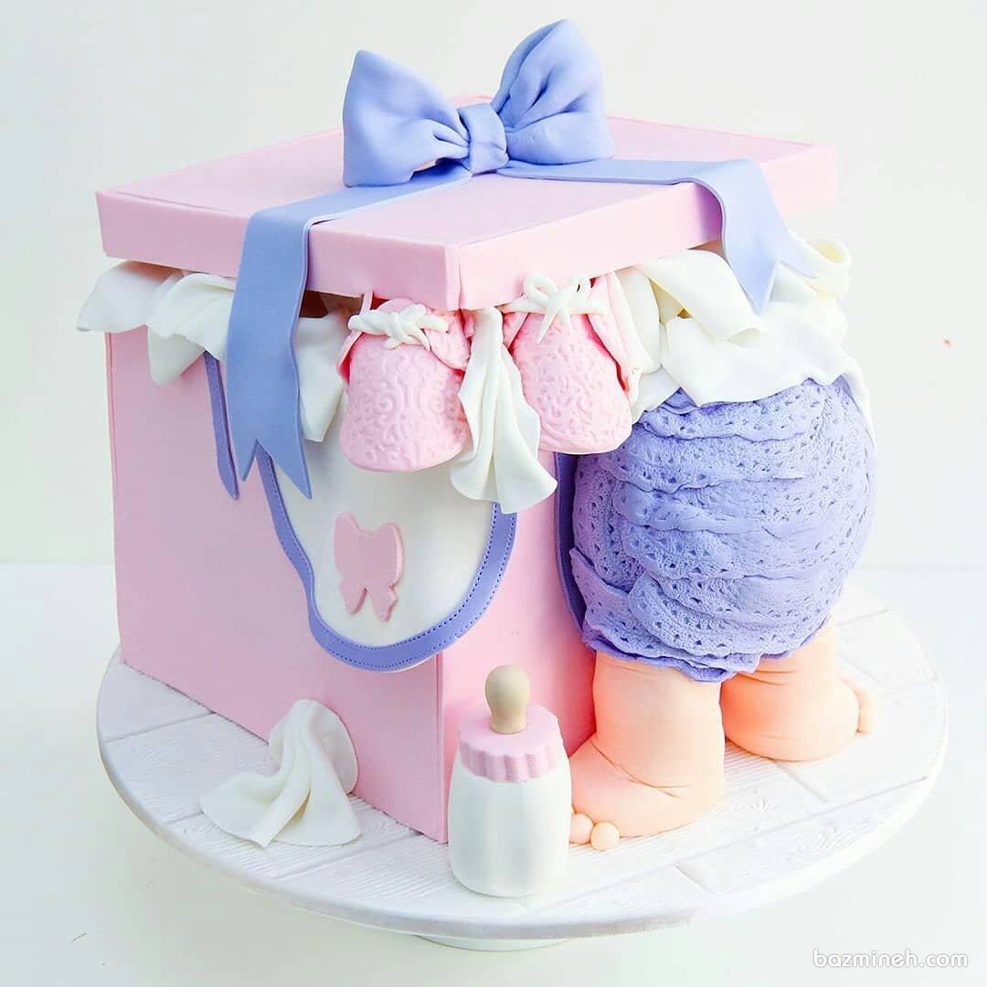 کیک فوندانت فانتزی جشن بیبی شاور یا تعیین جنسیت با تم صورتی بنفش