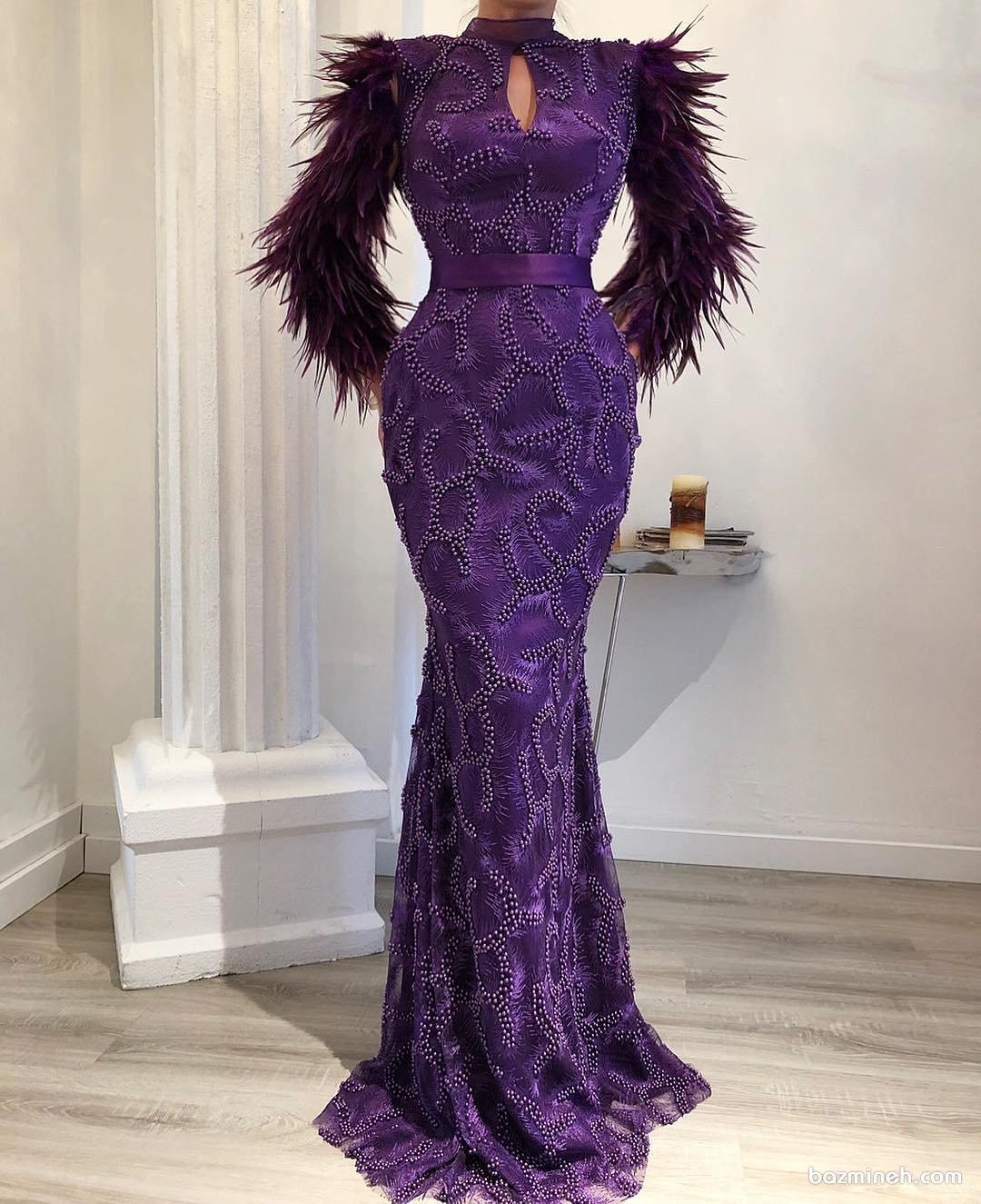 لباس مجلسی زنانه ماکسی با پارچه بنفش مروارید دوزی شده و آستین های متفاوت پیشنهادی خاص برای ساقدوش های عروس