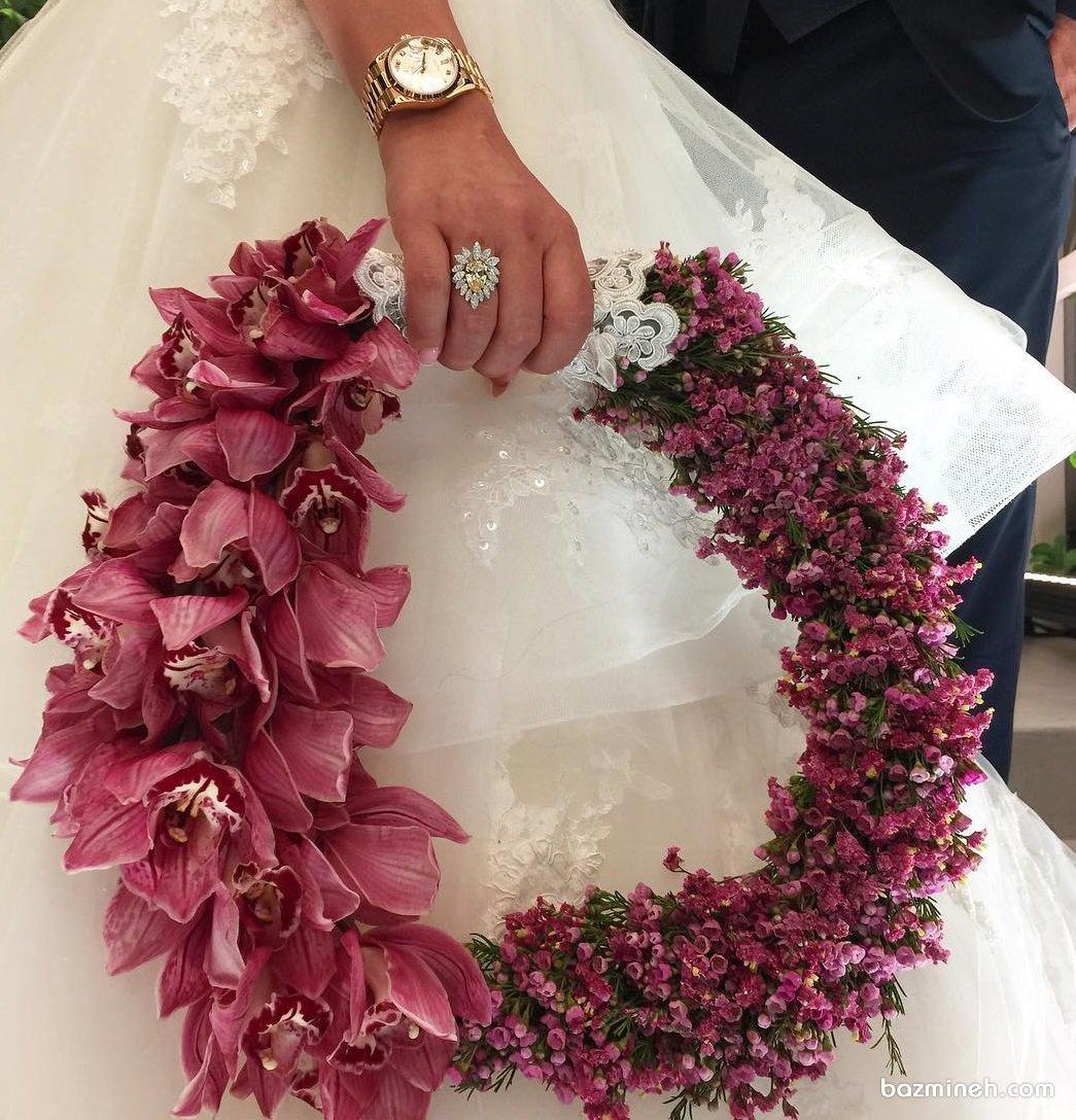 دسته گل عروس زیبا و متفاوت با گل و شکوفه های صورتی