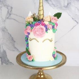 کیک فانتزی جشن تولد دخترونه با تم یونیکورن (Unicorn)