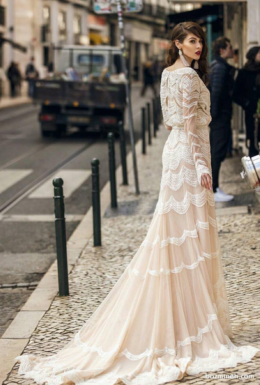 لباس مجلسی پوشیده و شیک بلند دنباله دار مناسب برای عروس خانم ها در مراسم فرمالیته به سبک بوهو