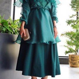 مدل خاص و متفاوت مانتو و دامن با پارچه ساتن و حریر سبز کله غازی رنگ