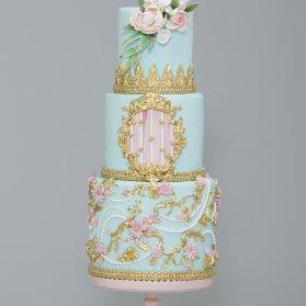 کیک چند طبقه جشن تولد یا سالگرد ازدواج با تم سبز آبی و طلایی