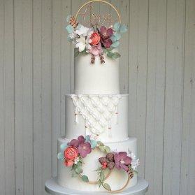کیک چند طبقه جشن نامزدی یا سالگرد ازدواج