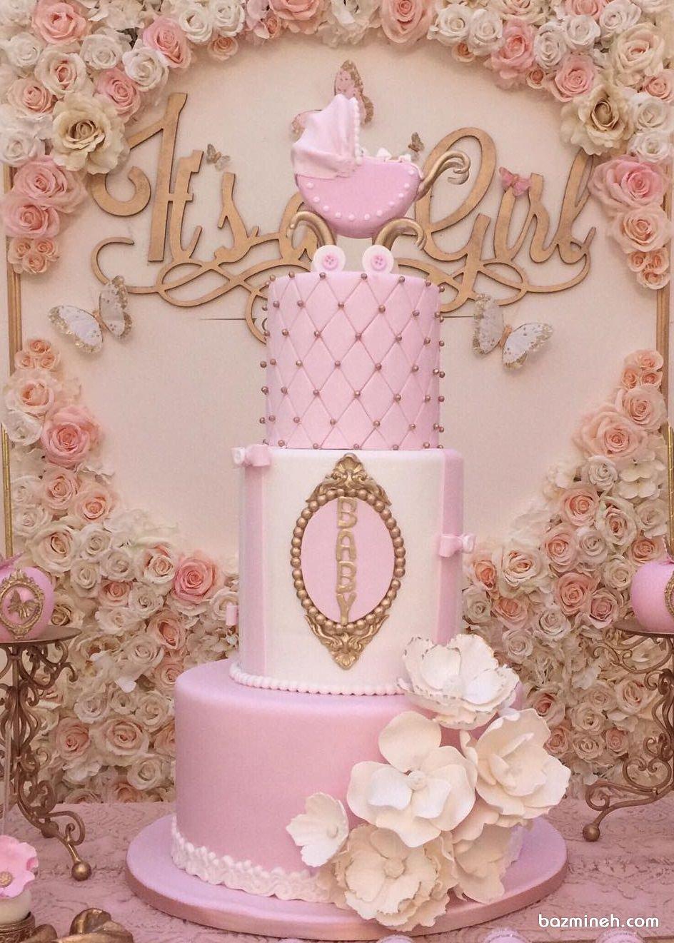 کیک چند طبقه جشن بیبی شاور دخترانه با تم سفید صورتی