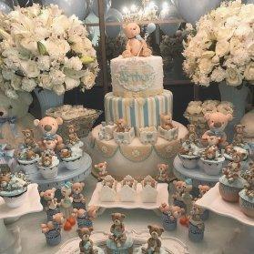 کیک فوندانت و کاپ کیک های عروسکی جشن بیبی شاور یا تولد پسرانه با تم خرس تدی