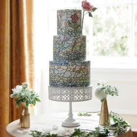 کیک چند طبقه فانتزی جشن تولد یا سالگرد ازدواج