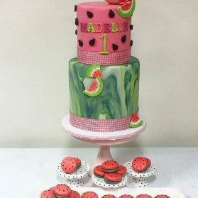 کیک و ماکارون های زیبای جشن تولد با تم تابستونی هندوانه