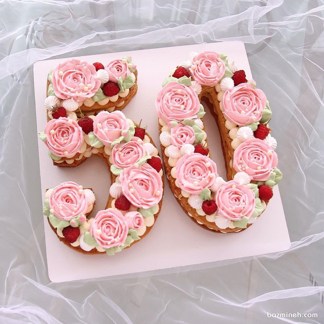 مدل کیک زیبا و جدید جشن تولد تزیین شده با گل های باترکریم