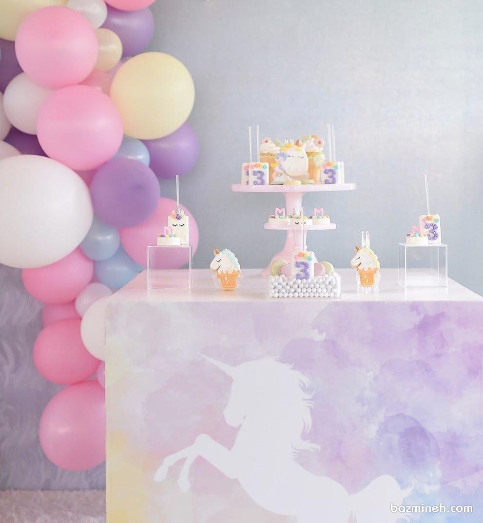 دکوراسیون و بادکنک آرایی فانتزی جشن تولد دخترونه با تم اسب تک شاخ (یونیکورن)