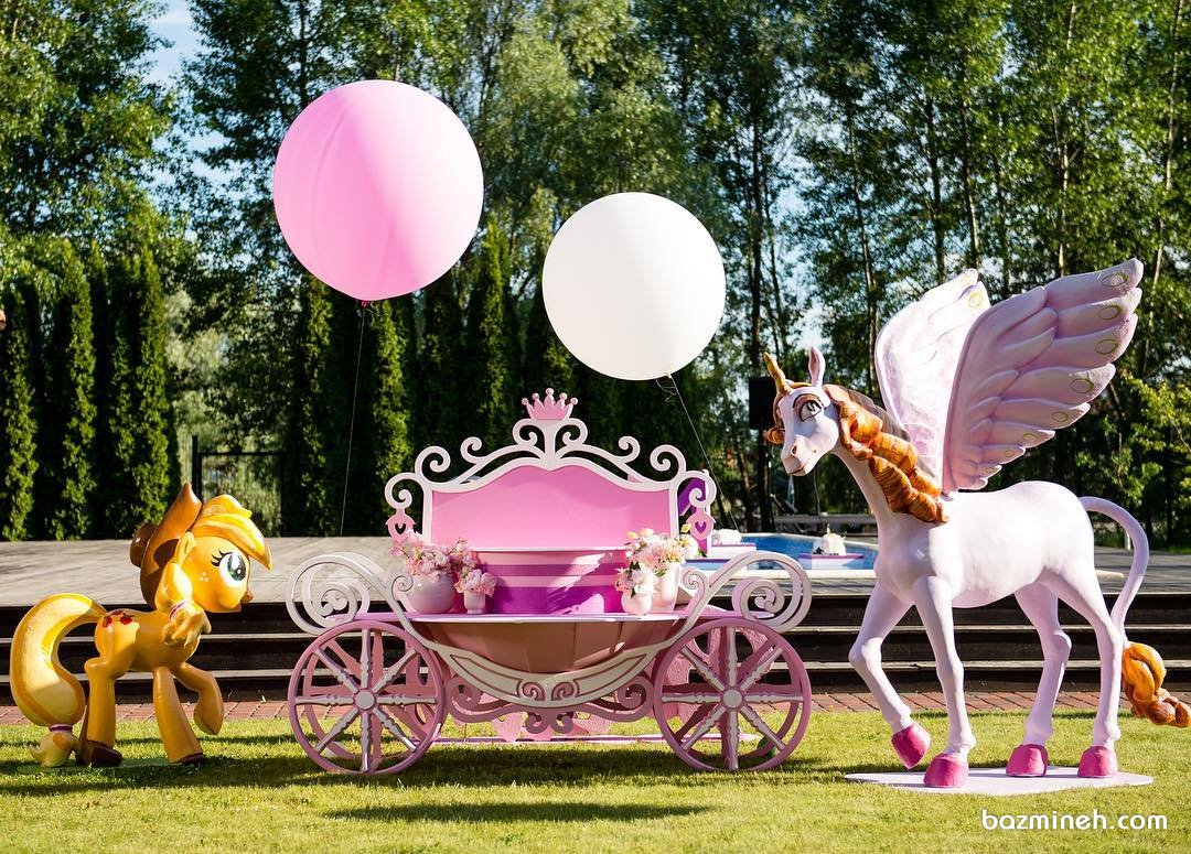دکوراسیون جشن تولد دخترونه با تم یونیکورن (Unicorn)