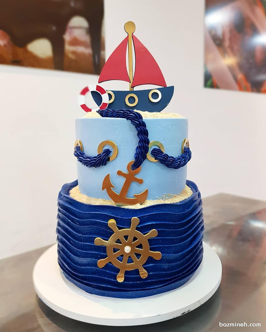 کیک دو طبقه فوندانت جشن تولد پسرونه با تم ملوان