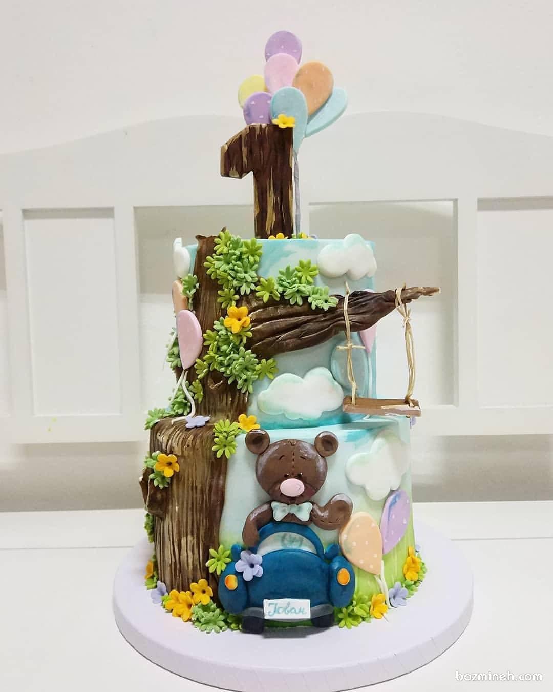 کیک چند طبقه فوندانت جشن تولد کودک با تم خرس تدی